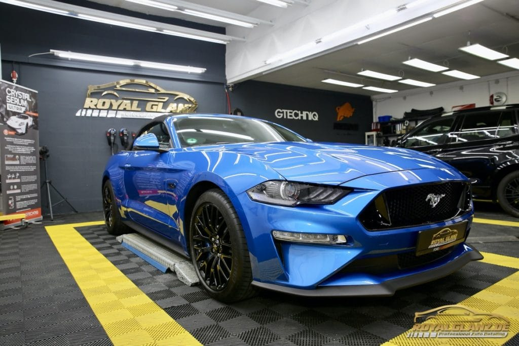 Ford Mustang GT bei der Fa. Royal Glanz Autopflege